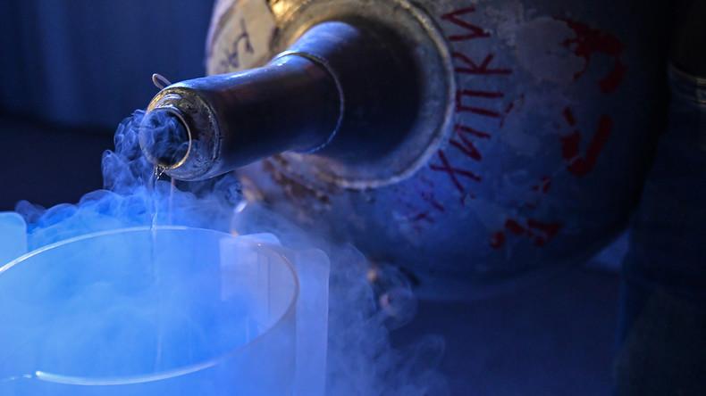 In den Himmel und zurück: Flüssigstickstoff kann eingefrorene Menschen bald zum Leben erwecken