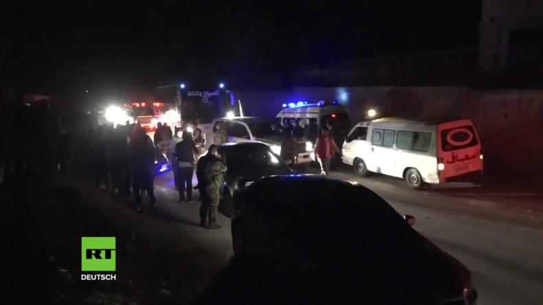 Syrien: Aufständische und Familien werden von Ost-Ghuta nach Idlib gebracht