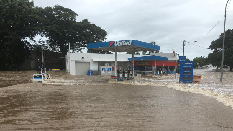 Überschwemmungen in Australien: Zahlreiche Häuser unter Wasser
