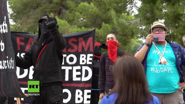 USA: Antifaschisten stören eine Pro-Trump-Kundgebung in Phoenix