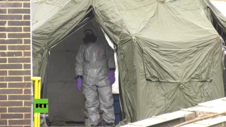 Großbritannien: Militär sichert Krankenwagen in Verbindung mit der Skripal-Vergiftung