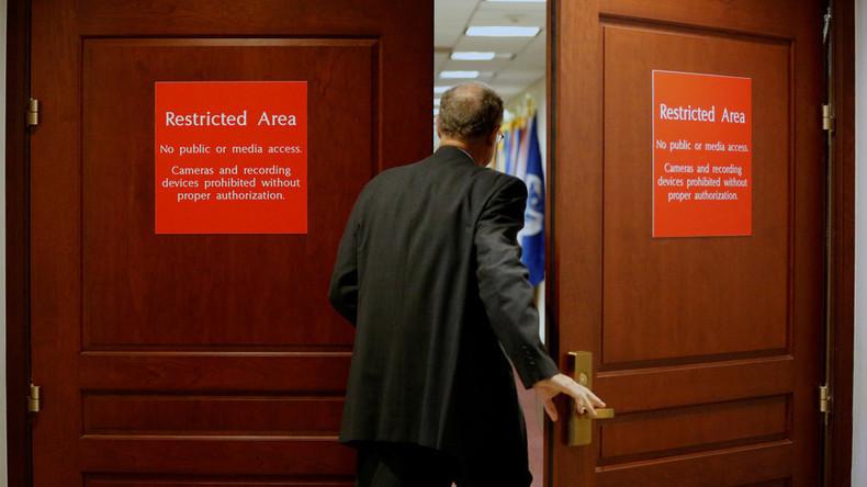 """""""Wie im Krimi"""": Kongress-Republikaner finden keine Beweise für Absprache zwischen Trump und Russland"""