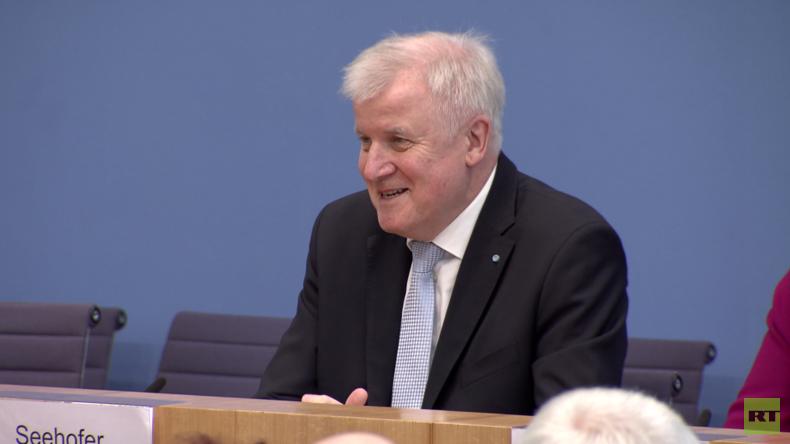 "Seehofer-Schmankerl: ""Hab' das Heimatmuseum... ääh, das Heimatministerium gegründet"" (Video)"