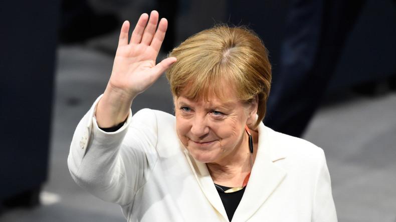Polizei überwältigt Mann in der Nähe von Kanzlerin Merkel