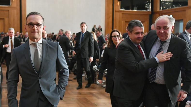 Neue Regierung richtet sich ein: Amtsübergänge in vielen Ministerien