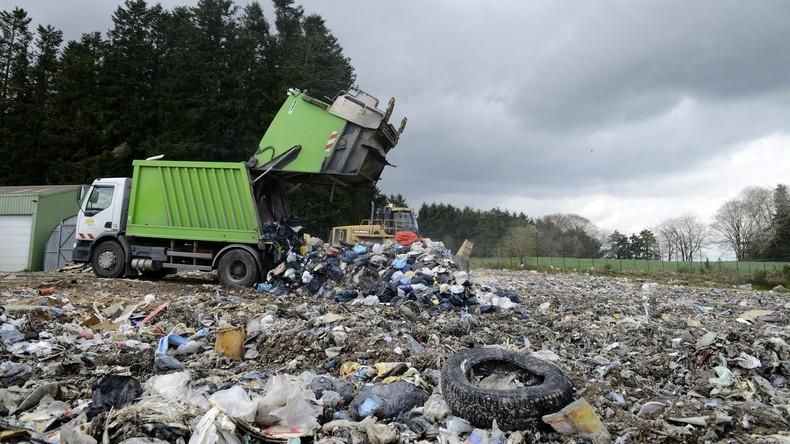 Nadel im Heuhaufen: Müllabfuhr-Mitarbeiter finden Wertsachen in Höhe von 100.000 US-Dollar