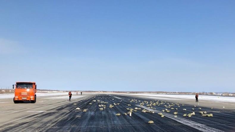 Goldregen: Russisches Transportflugzeug verliert beim Abflug über neun Tonnen Edelmetallbarren