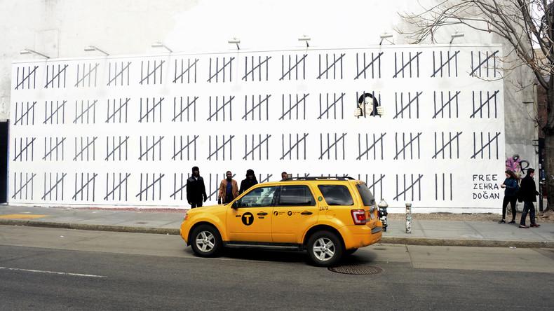 Street-Art-Star Banksy protestiert gegen Inhaftierung von Zehra Doğan