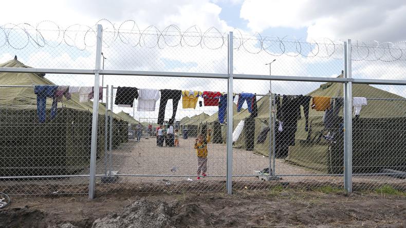 Amnesty International: 500 Asylsuchende in zwei Lagern in Ungarn festgehalten