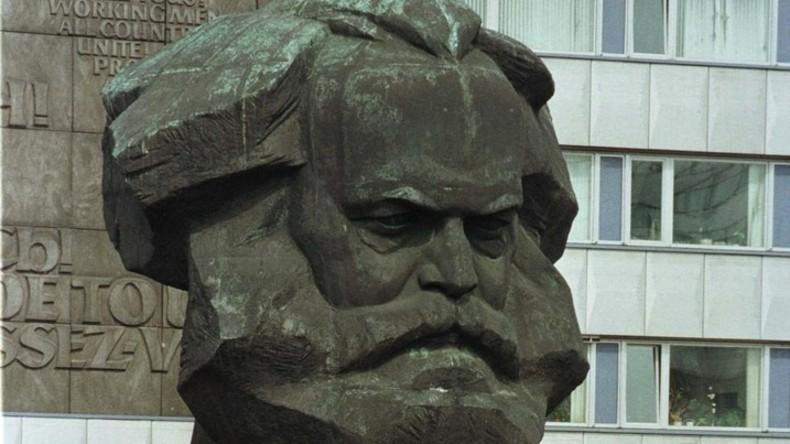 Karl-Marx-Ampel: Philosoph wird zu seinem 200. Geburtstag zum Ampelmännchen