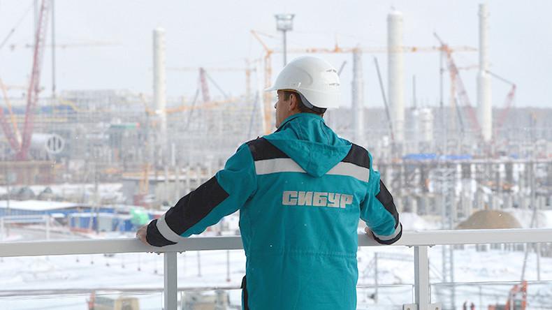 Russischer Petrochemie-Riese Sibur stärkt Partnerschaft mit China