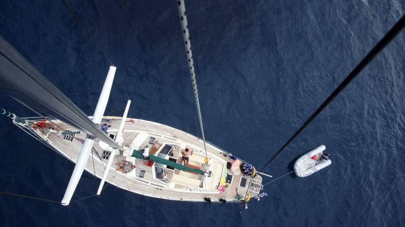 Deutschland: Das größte Segelboot der Welt bei erster Probefahrt