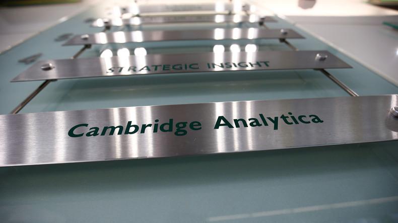 Büros von Cambridge Analytica durchsucht