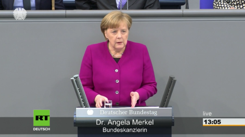 """""""Deutschland, das sind wir alle!"""" - Merkel gibt Regierungserklärung ab und will Spaltung bekämpfen"""