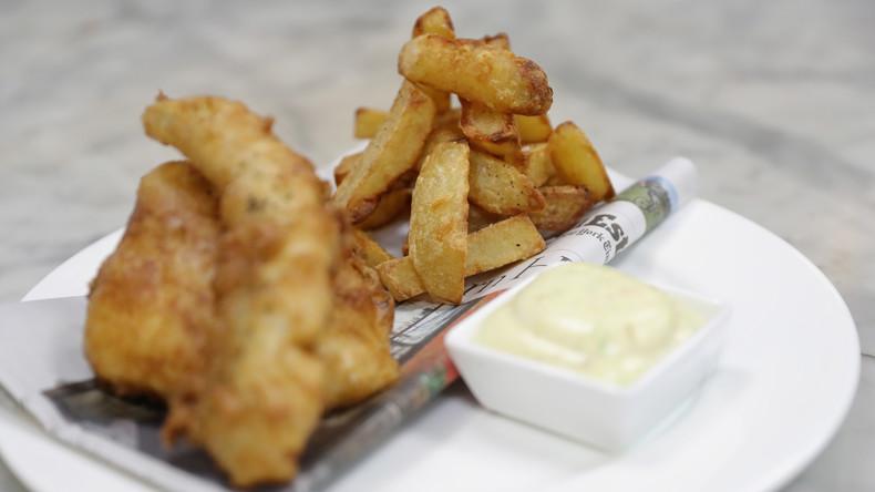 Großbritannien führt standardisierte Fish-and-Chips-Portionen zum Kampf gegen Übergewicht ein