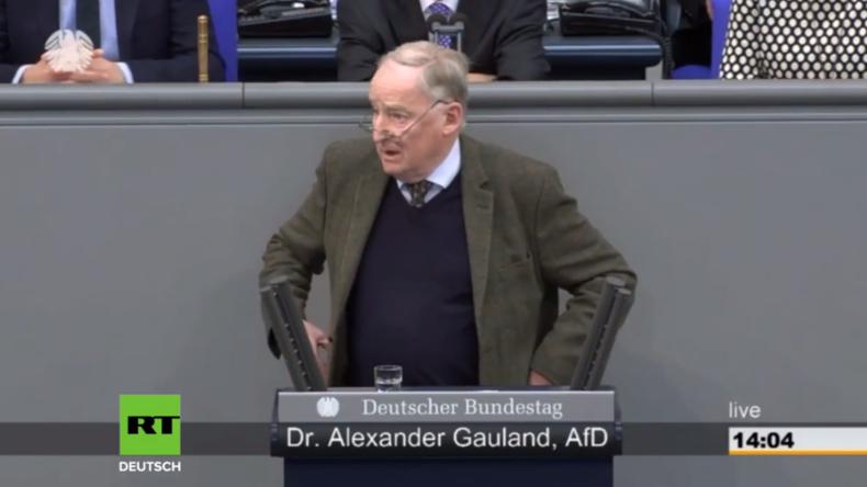 """""""Rechtsbruch als Dauerzustand"""" - Scharfe Gauland-Kritik nach Merkels Regierungserklärung"""