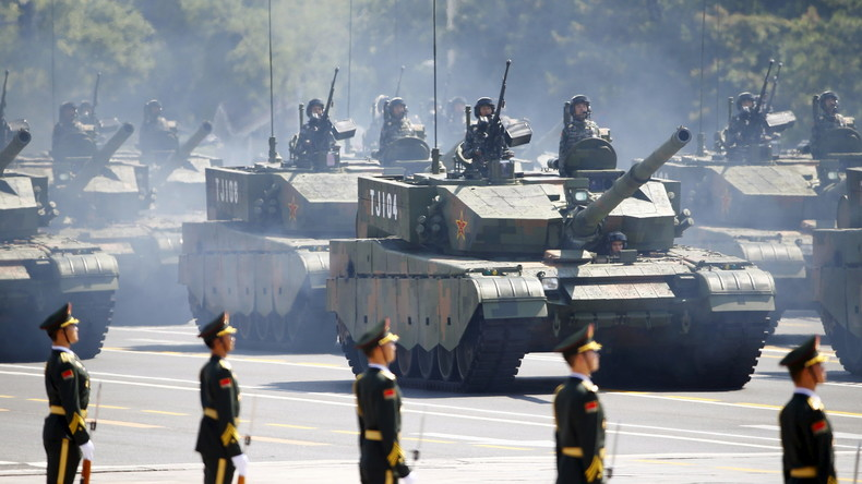 China beginnt Testfahrten von autonomen Panzern