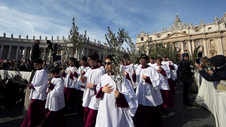 Papst ruft Jugendliche auf: Lasst euch nicht zum Schweigen bringen