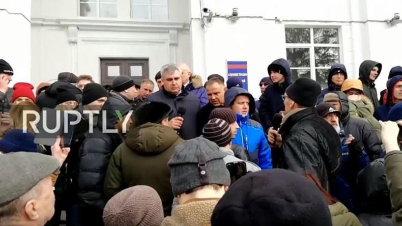 Live: Lautstarker Protest im sibirischen Kemerowo nach tödlichem Brand in Einkaufszentrum