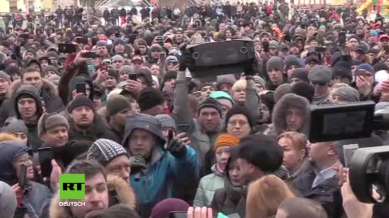 Kemerowo: Tausende protestieren nach Feuer-Tragödie in Russland mit Dutzenden Toten