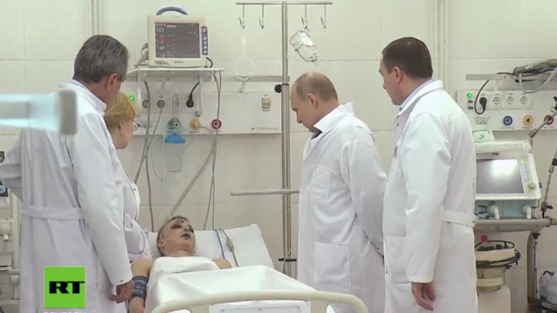 Kemerowo: Putin besucht Brand-Opfer in Krankenhaus und trifft sich mit Bürgermeister und Anwohnern