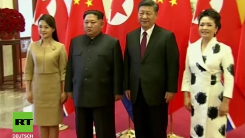 """Erster Auslandsbesuch: Kim Jong-un besucht überraschend China - """"Zum Frieden bereit"""""""