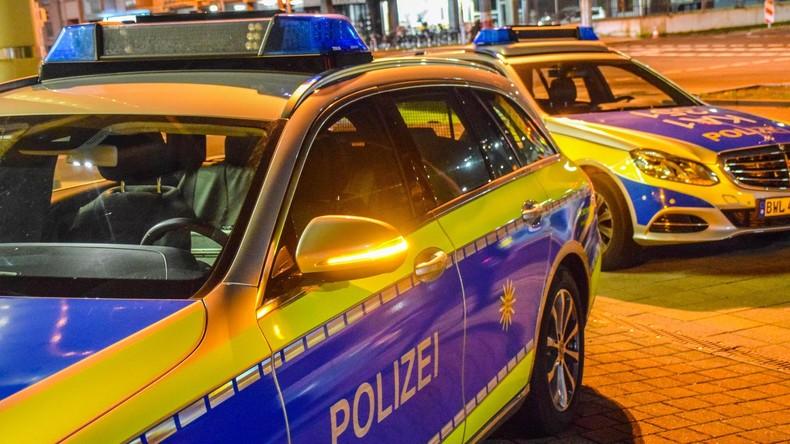 Räuber flieht von Tatort nicht und wartet auf Polizei - 15 Monate Haft
