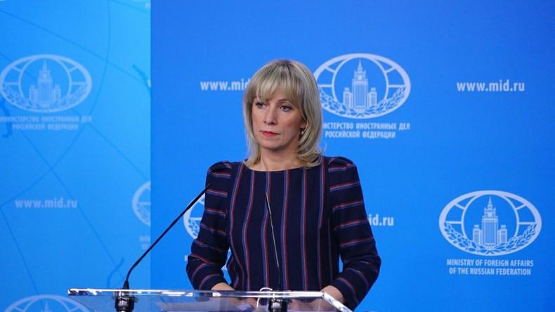 LIVE: Sonder-Pressekonferenz von Außenamtssprecherin Marija Sacharowa zu Skripal (dt. Übersetzung)