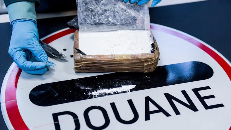 Polizei stellt 230 Kilogramm Kokain im Hafen von Rotterdam sicher