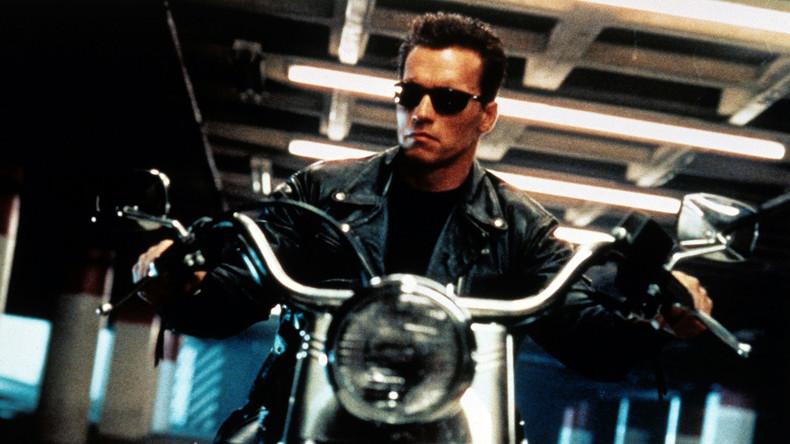 """""""Ich bin zurück"""" - Arnold Schwarzenegger scherzt nach erfolgreicher Herzoperation"""