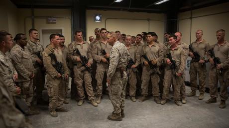 US-General der Marine Robert B. Neller spricht vor US-Armeeangehörigen in Afganistan, September 2017.