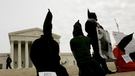 Symbolfoto: Aktivisten protestieren gegen Menschenrechtsverletzungen der Amerikaner im Irak, USA, 5. Februar 2005.