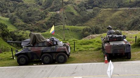 Kolumbianisches Militär marschiert an der Grenze zu Venezuela auf. (Symbolbild)