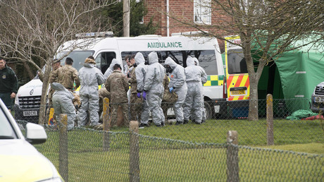 Forensiker stellten am Mittwoch ein Fahrzeug in Gillingham, Grafschaft Dorset sicher.