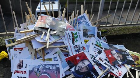 Konfiszierte Plakate aus einer kurdischen Demonstration, Köln, Deutschland, 27. Januar 2018.