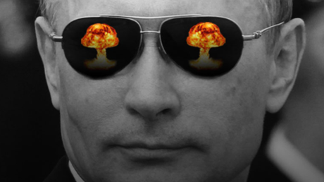 Propaganda? Welche Propaganda? Mit dieser Bildmontage untermalt TheDay ein Diskussionsvorschlag für britische Schüler: Ist Putin seit Hitler der gefährlichste Mann der Welt?