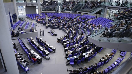 Bundestag stimmt für Truppenaufstockung in Afghanistan und Ausweitung der Anti-IS-Mission im Irak (Archivbild)