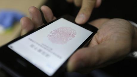 FBI-Forensiker: Polizei darf mit Fingern der Verstorbenen deren iPhones entsperren – völlig legal (Symbolbild)