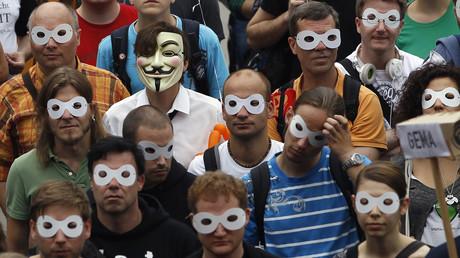 Mündige Bürger? - Die Menschen sollen im Internet nichts zu sehen bekommen, was die EU nicht als