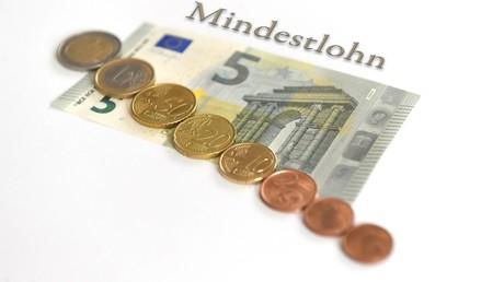 Aktuell liegt der Mindestlohn in Deutschland bei 8,84 Euro.