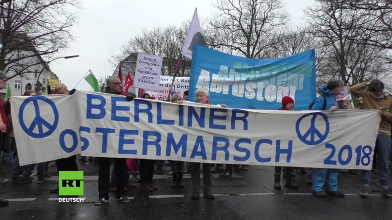 Deutschland: Berliner Ostermarsch ruft zum Weltfrieden auf