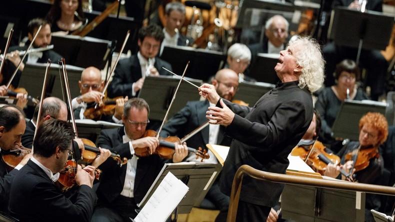Bratschist spielt sich die Ohren taub, verklagt Opernhaus und gewinnt vor Gericht