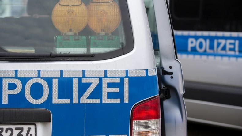 Auto rast am Hamburger Hafen gegen Bus: Elf Verletzte