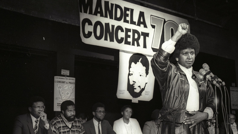 Anti-Apartheidskämpferin Winnie Mandela nach langer Krankheit tot