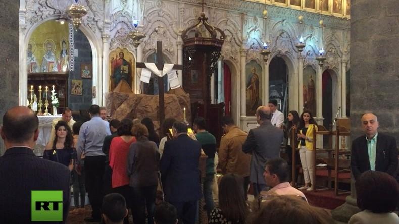 Ostern in Damaskus: Christen halten Gottesdienst in der Zeitoun-Kirche ab