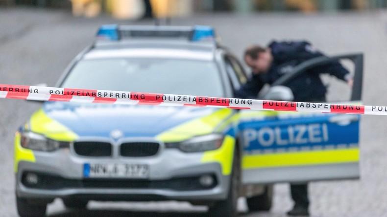 U-Bahnen stoßen in Duisburg zusammen - etwa 35 Verletzte