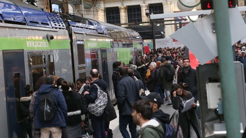 Eisenbahner-Streik legt Zugverkehr in Frankreich lahm - auch Deutschland betroffen