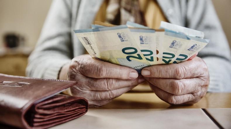 Umfrage: Bundesbürger wollen weiterhin mit Bargeld bezahlen