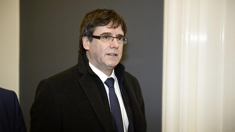 Oberlandesgericht: Katalanischer Ex-Präsident Puigdemont kommt unter Auflagen frei