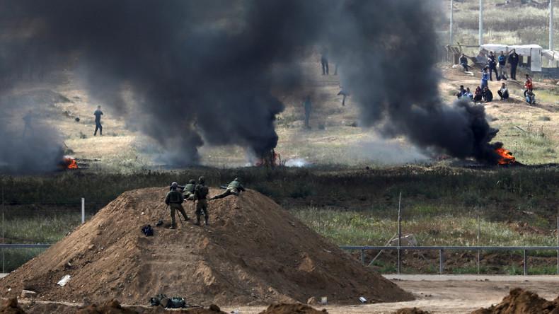 """""""Rauchwand"""": Dutzende Palästinenser verbrennen nahe der Gaza-Grenze Autoreifen"""